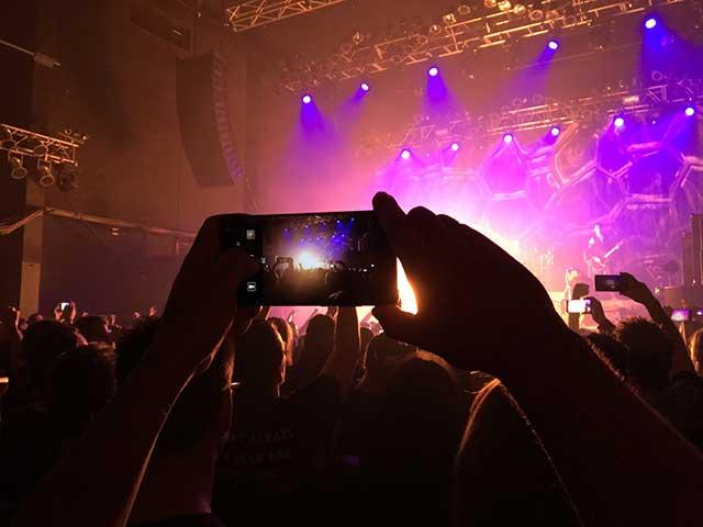 concert-camera samall