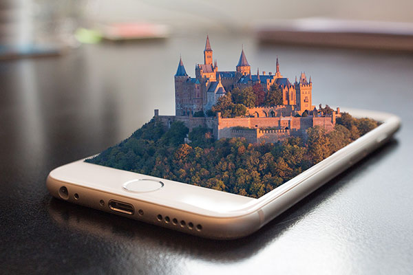 mobile-phone-castle-600x400